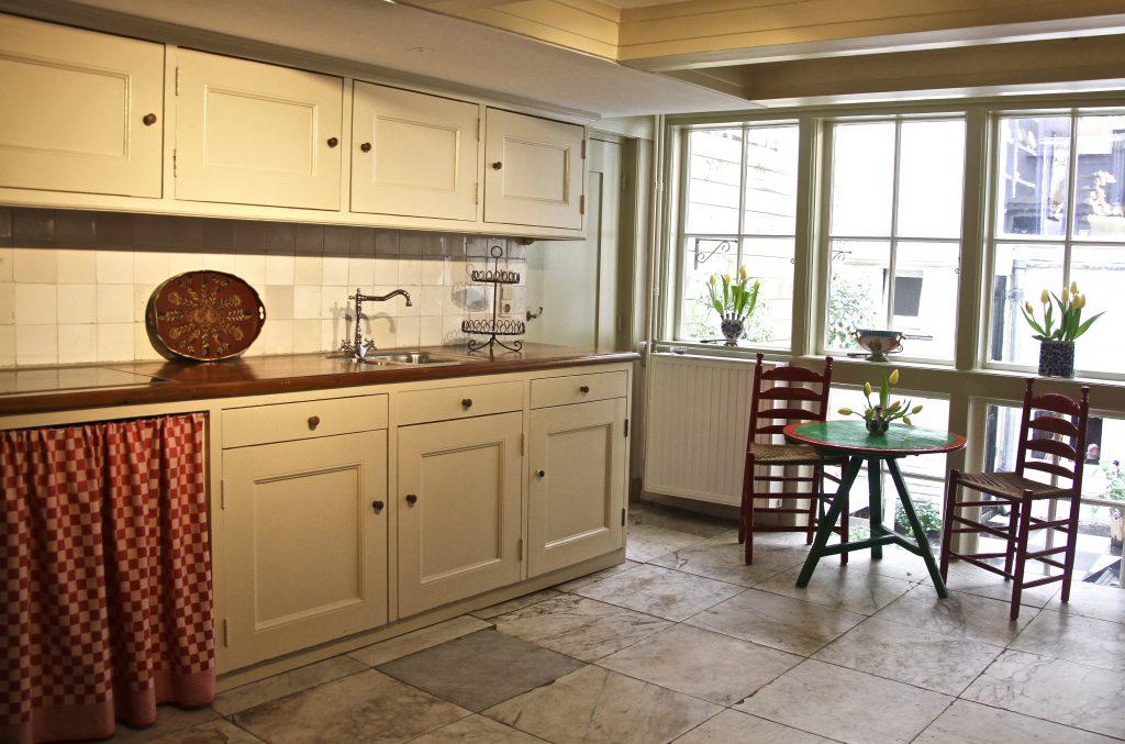 traditional dutch kitchen