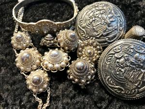 Jewelry Dutch Costume museum