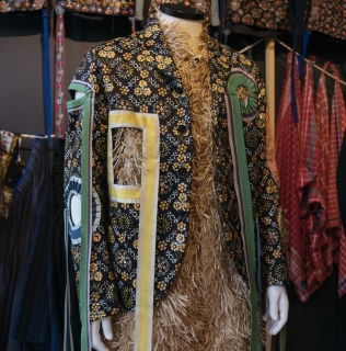 New exhibition 'Contemporary Fashion' at the Dutch Costume Museum