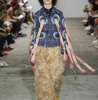 Nieuwe expositie 'Contemporary Fashion' Klederdracht in een nieuwe jas