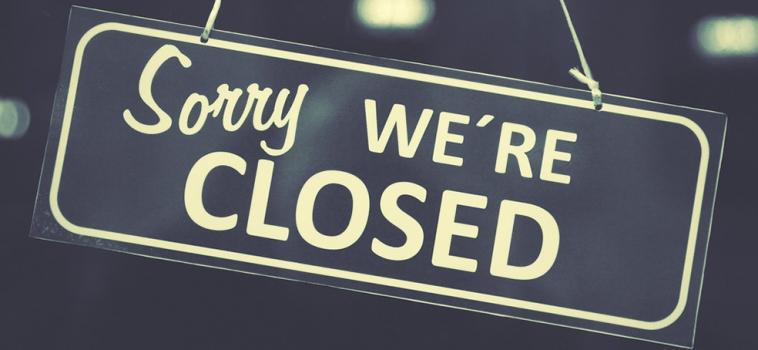 Het Klederdrachtmuseum sluit, vanwege de gevolgen van Corona, de deuren op de Herengracht.